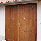rozcestnik-palubkove-dvere-vrata