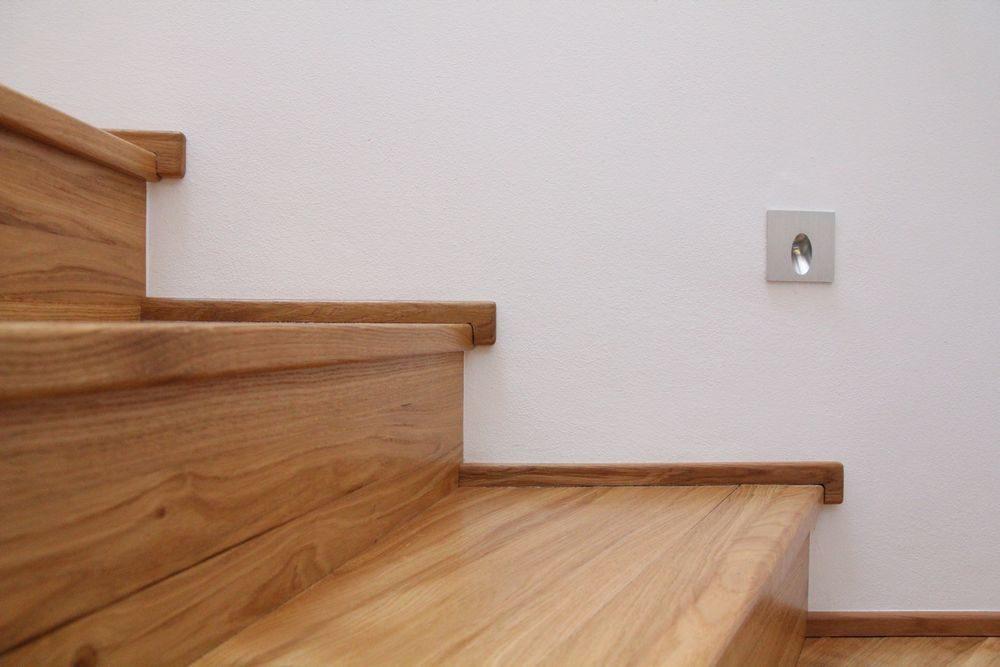 Obložené dubové schodiště