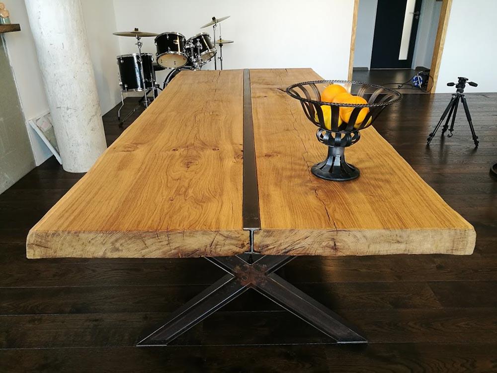 Stůl Gabriela